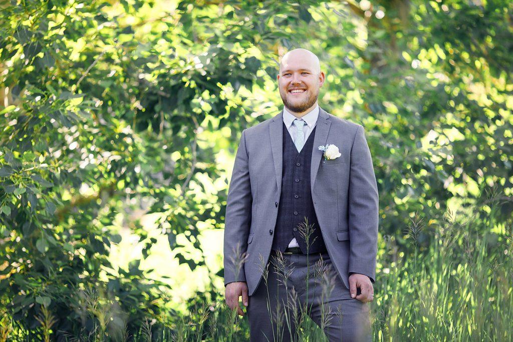 Calgary wedding photographer best